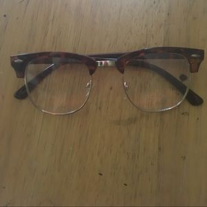 Accessories - Tortoiseshell Fake glasses